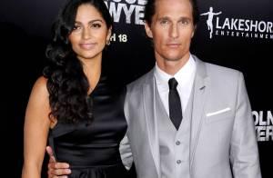 Camila Alves en mode bombe atomique au côté de Matthew McConaughey !