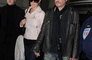 Johnny Hallyday : De retour à Paris avec sa Laeticia et ses amis intimes !