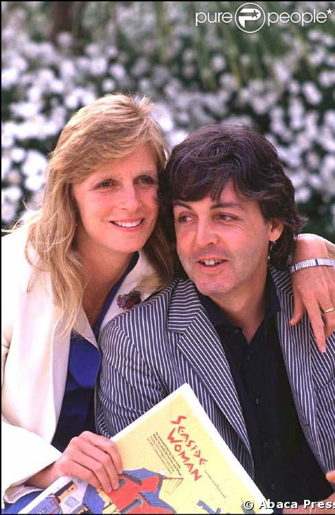 paul mccartney va crire un livre sur sa femme linda purepeople. Black Bedroom Furniture Sets. Home Design Ideas