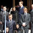 La princesse Antoinette, décédée dans la nuit du 17 au 18 mars 2011, a reçu l'hommage de tout-Monaco lors de ses  funérailles le 23 mars... Charlotte Casiraghi, ses frères Pierre et Andrea, et sa demi-soeur Alexandra sont dans le chagrin.