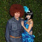 """Selena Gomez et Dita Von Teese à la soirée """"schtroumpf"""" de Perez Hilton !"""