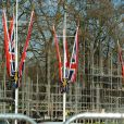 Les préparatifs s'accélèrent pour le mariage du prince William et de Kate Middleton. La ville de Londres se refait une beauté qui se chiffre en dizaines de millions d'euros, aux frais du contribuable.