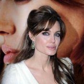 Angelina Jolie dévoile ses précieuses et sublimes créations...
