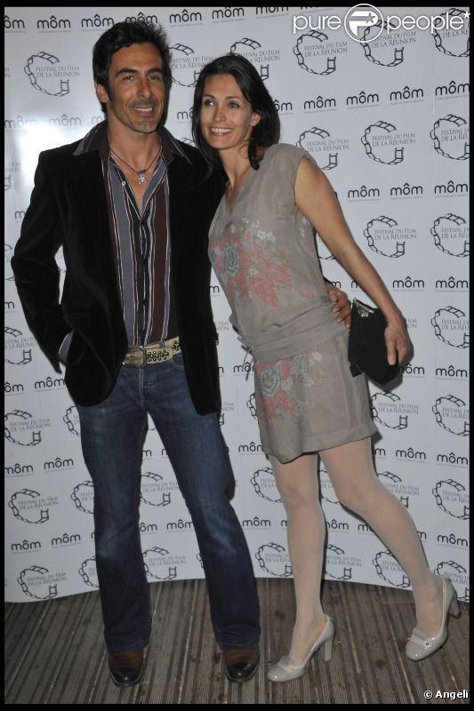 Adeline Blondieau et son compagnon Laurent, en avril 2011 à Paris.
