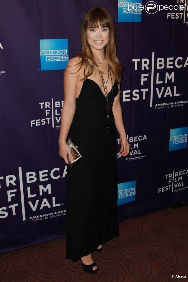 Olivia Wilde mise sur une robe noire pour la présentation d'une série de courts métrages au festival de Tribeca à New York le 22 avril 2011