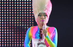 Nicki Minaj : Un look dément, un corps incroyable, une bête de scène !