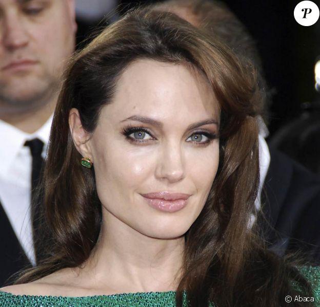 Angelina Jolie, ici lors des Golden Globes à Los Angeles en janvier 2011, sera à Cannes en mai 2011 pour la promotion de Kung Fu Panda 2.