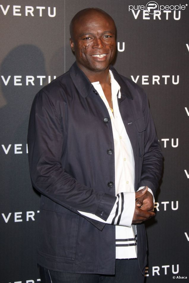 Seal est prête son image à la marque de téléphonie de luxe Vertu. Londres, 9 juin 2010
