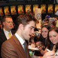 Robert Pattinson à l'occasion de l'avant-première allemande de  De l'eau pour les éléphants , à Berlin, le 27 avril 2011.