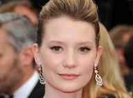 Cannes 2011 : Mia Wasikowska adorable, Bryce Dallas Howards flamboyante !