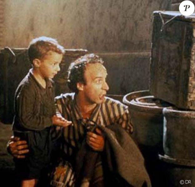 Des images de La vie est belle, de Roberto Benigni, diffusé le mardi 17 mai à 23h15 sur Paris Première.