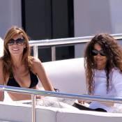 Elisabetta Canalis : Au large de la Croisette, elle dévoile son atout bikini !