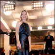 Jodie Foster lors de la montée des marches du film Melancholia, à Cannes, le 18 mai 2011.