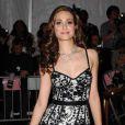 Emmy Rossum au Superheroes : Fashion and Fantasy, au MET de New York