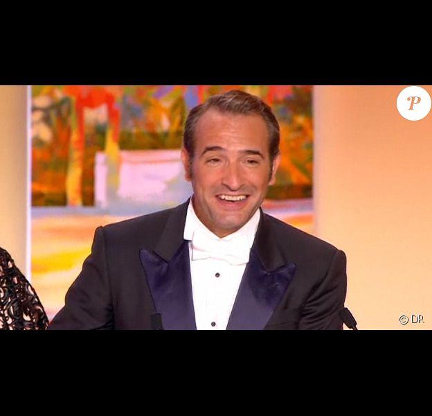 Jean Dujardin reçoit le prix d'interprétation masculine