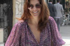 Kate Walsh : Trop sexy dans son chemisier transparent !