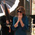 Elisabetta Canalis a applaudi le mariage du guitariste italien Stef Burns avec la présentatrice de télévision Maddalena Corvaglia, à Modène le 28 mai 2011.