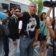 Samy Naceri dans les rues de Cannes, le 15 mai 2011.