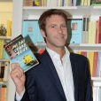 Emmanuel Philibert de Savoie présente son roman Mi Fai Stare Bene, le 31 mai 2011.