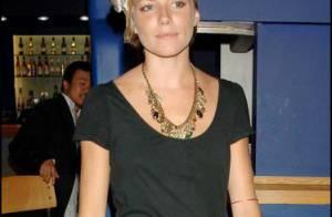 Le cancre de la mode : On a retrouvé les pires looks de Sienna Miller !