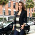 Même très enceinte, Jessica Alba soigne son look à la perfection. Un style élégant et toujours tendance... Bravo ! Los Angeles, 9 juin 2011