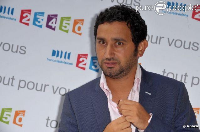 Cyril Hanouna lors de la conférence de presse annuelle de France Télévisions à Paris en août 2009