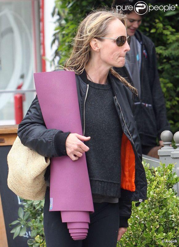 Helen Hunt se rendant à son cours de yoga à Los Angeles le 13 juin 2011.