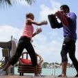 Julie découvre la boxe dans Les Anges de la télé-réalité : Miami Dreams le 14 juin 2011 sur NRJ 12