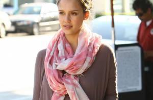 Jessica Alba : Même sans aucun effort, la future maman resplendit de beauté
