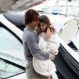 Tom Cruise profite de la Fête des Pères avec sa fille Suri Cruise aux côtés de Katie Holmes à bord de leur bateau le Marquis le 19 juin 2011