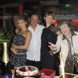 Ysa Ferrer, Lorie et Marthe Mercadier lors du 75e anniversaire de la célèbre boîte de nuit le Balajo à Paris le 27 juin 2011