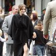 Angelina Jolie avec son fils aîné Maddox lors de l'avant-première du film Kung Fu Panda 2 à Los Angeles le 22 mai 2011