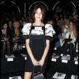 Alexa Chung au défilé Chanel Haute Couture 2011/2012