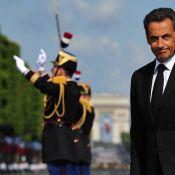 Nicolas Sarkozy : Entouré d'un harem chic... mais si loin de sa jolie Carlita