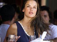 Alessandra Ambrosio : même sans sa fillette, elle reste sublime et rayonnante