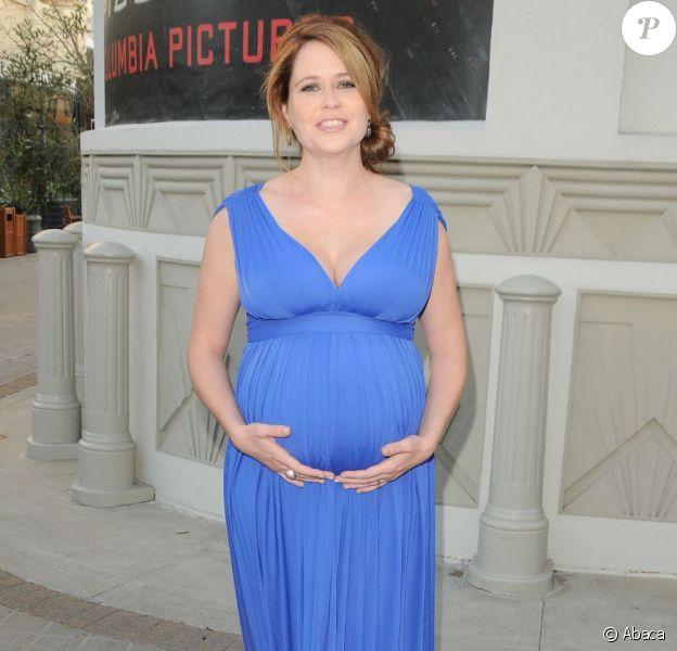 Jenna Fischer enceinte à la première de A Little Help à Los Angeles le 14 juillet 2011