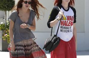 Rumer et Tallulah, filles de Bruce Willis et Demi Moore, sont de fières hippies