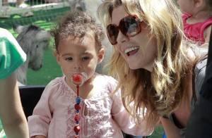 Ellen Pompeo : sourire radieux au côté de sa fille Stella en charmante compagnie