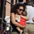 Alicia Keys et son fils Egypt dans New York le 12 juillet 2011
