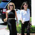 Kristin Cavalari dans une simple robe noire a prouvé qu'elle pouvait avoir la classe sans trop en faire