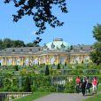 Les préparatifs vont bon train, à Potsdam, pour la réception suivant le mariage religieux du prince Georg Friedrich de Prusse et de la princesse Sophie d'Isembourg, qui sera célébré le 27 août 2011.