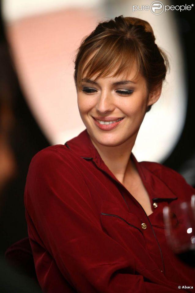 Louise Bourgoin présente Un heureux événement, à Lille, le mardi 6 septembre 2011.