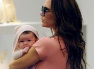 Victoria Beckham pouponne sa petite Harper tout en faisant son shopping !