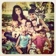 Justin Bieber et Selena Gomez se prennent pour Brad Pitt et Angelina Jolie, septembre 2011.