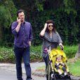 Tiffani Thiessen avec son mari Brady Smith et sa fille Harper, le 17 septembre 2011