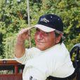 Emporté le 18 décembre 2011 par un cancer des poumons, Gilbert Bécaud, le volcanique Monsieur 100 000 Volts, recevra des hommages vibrants, en images, en musique et en souvenirs, pour le dixième anniversaire de sa disparition.