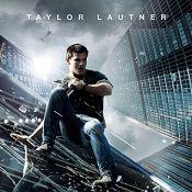 Taylor Lautner domine Louise Bourgoin et Monica Bellucci