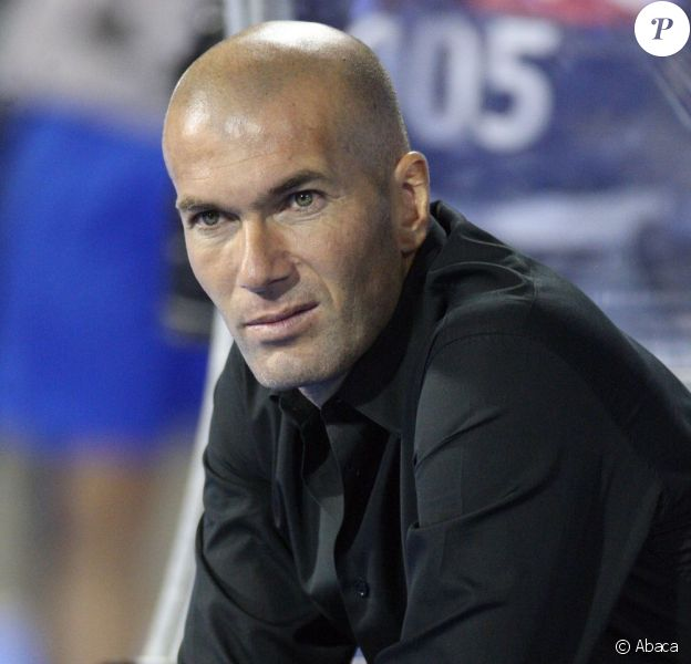 Zinedine Zidane le 14 septembre 2011 à Zagreb en Croatie