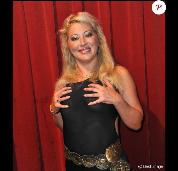 Loana lors de l'élection de Miss Black beauté à la Cigale à Paris le 1er octobre 2011