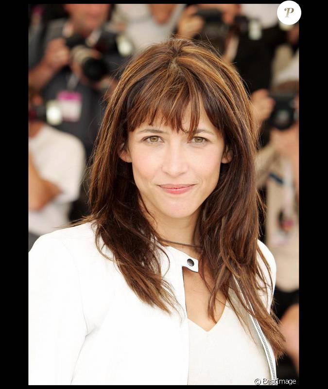 sophie marceau d voile sa longue chevelure ch tain aux. Black Bedroom Furniture Sets. Home Design Ideas